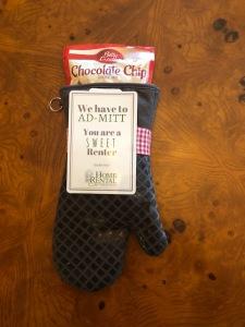 HRS Tenant Gift: Oven Mitt
